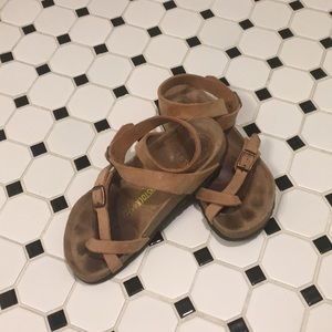 Rare Antique Brown Birkenstock Yara Sandal